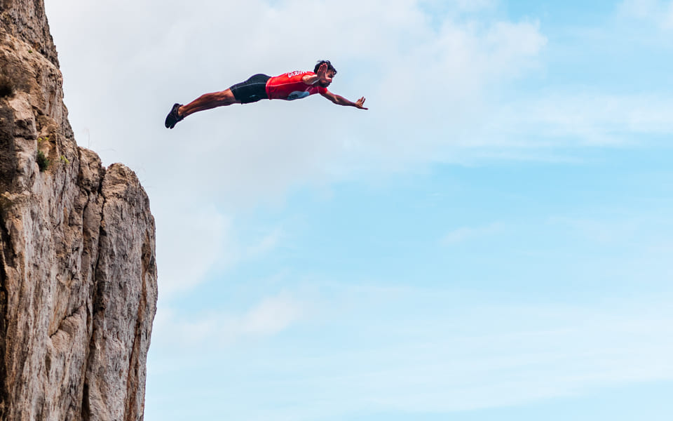 01 CLIFF JUMPING_07_2x